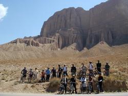 کوه های منطقه دوچرخه سواری خمده به انزاها
