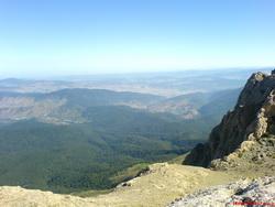بر بلندای کوه نرو