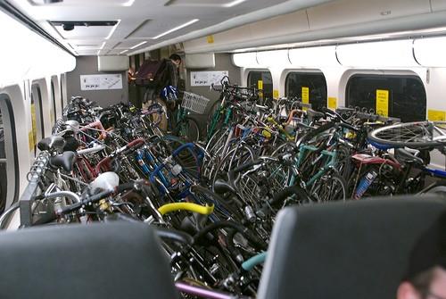 Caltrain-Bike-Car-Packed-With-Bikes