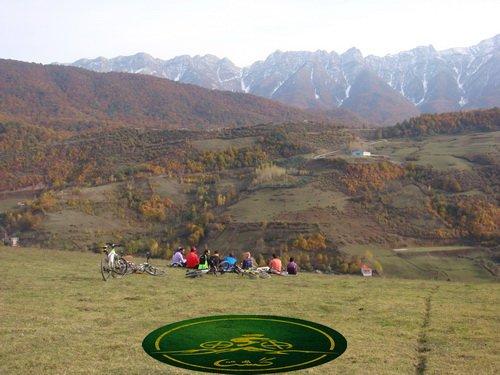 کوه چکل و روستای برنت
